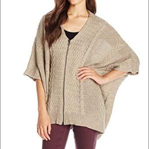 PAPER CRANE Zip Up Cable Knit Poncho Sweater - L